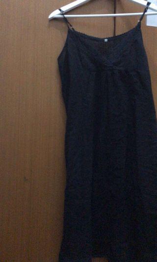 Black Dress serba 60ribu