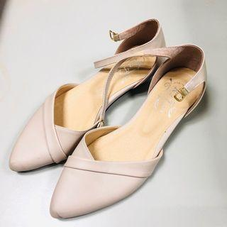 粉色氣質涼鞋23號