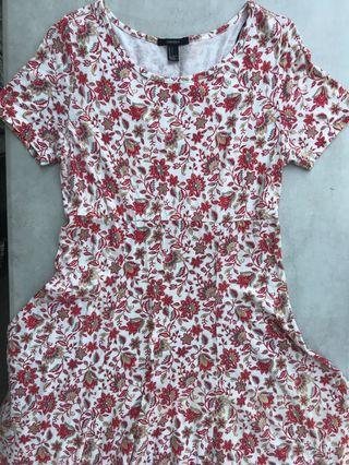 FOREVER21 Floral Dress Short Sleeved Red