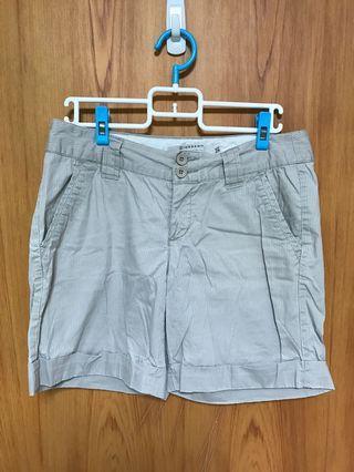🌼GlORDANO 卡其色短褲(二手)🌼