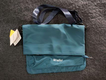 Anello sling shoulder bag