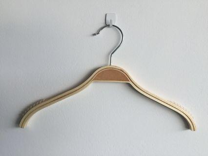 Kid Hanger