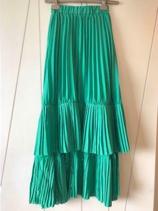 🚚 綠色前短後長不修邊長裙