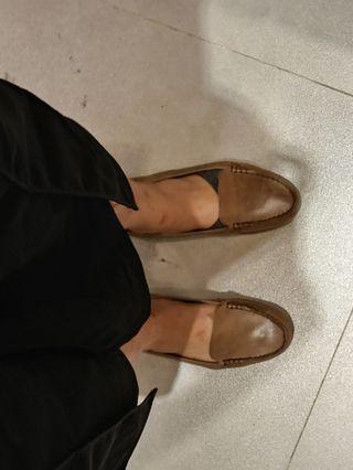 #BAPAU Sepatu Moccasin Hush Puppies- like new