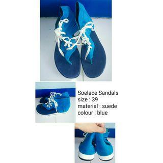 Soelace Sandals