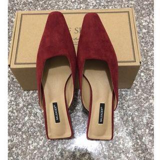 🚚 (全新)轉賣CHEDi  木紋粗跟穆勒鞋
