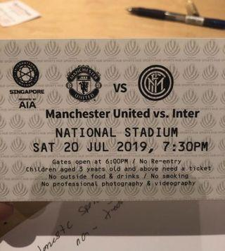 🚚 Manchester United cat 2 ticket