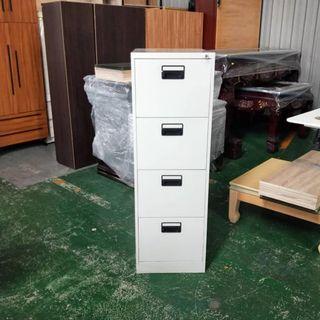 合運二手傢俱~直立式四抽公文櫃(有鑰匙)C010550