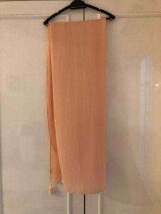 naelofar shawl with tassles in peach