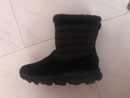 Authentic Skechers Black Winter Boots