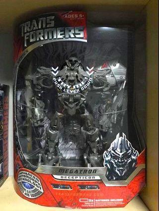 Hasbro Transformers 2007 Movie Premium Leader Class Megatron