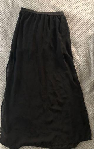 🚚 H&M Long Black Skirt