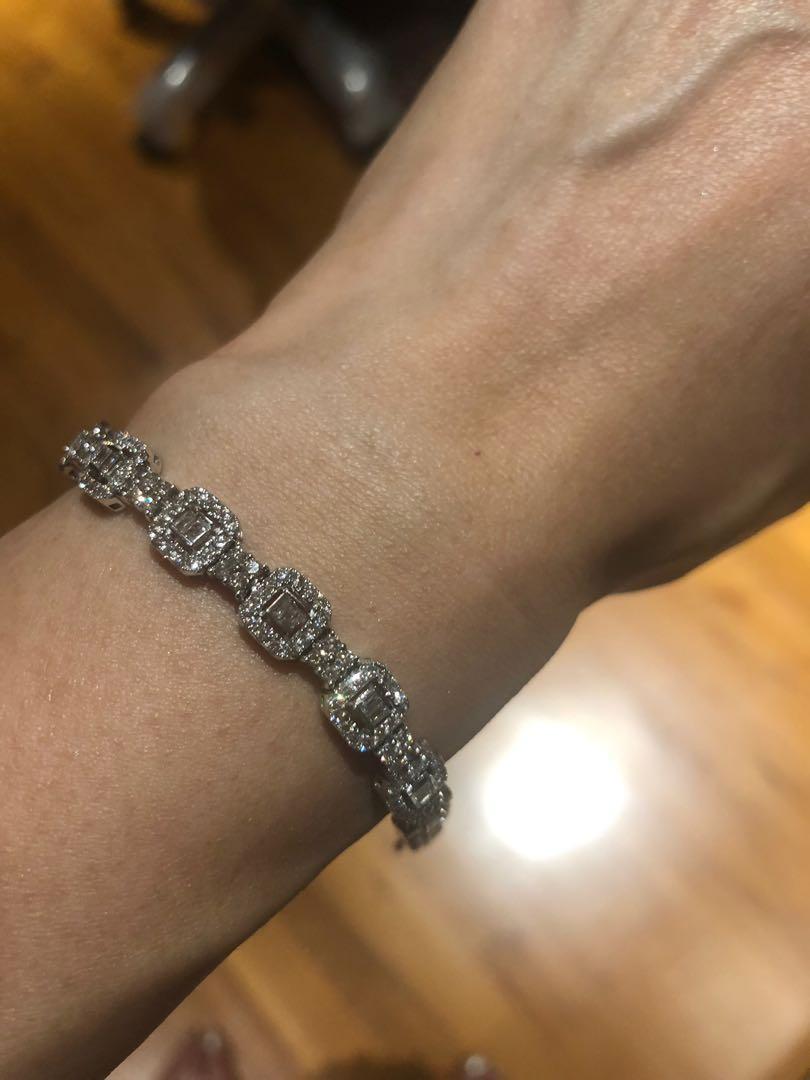 18k gold diamond bracelet about 3.6 carats