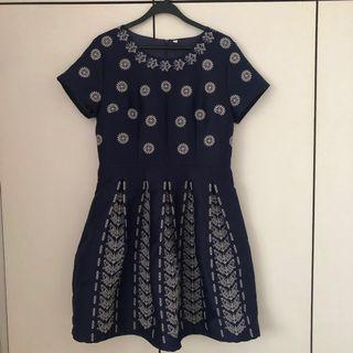 Navy Blue White-patterned Dress
