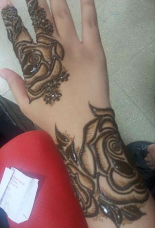 🚚 Raya henna