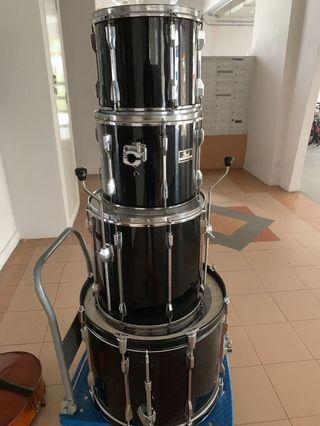 Drums 4 Piece Pearl Export Series