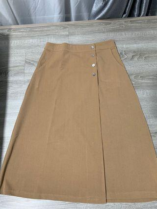 $12 Preloved Editor's Market Skirt