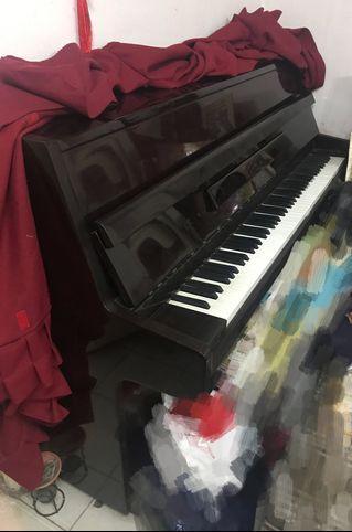 Howgel 鋼琴及琴凳