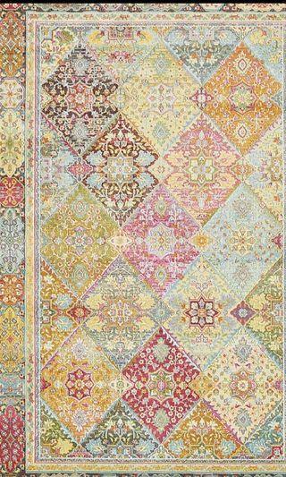 🚚 Brand new Persian Carpet