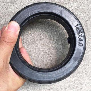 Solid tyre 145x4.0