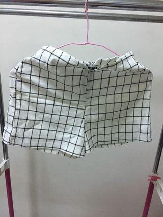 🚚 格子合身短褲
