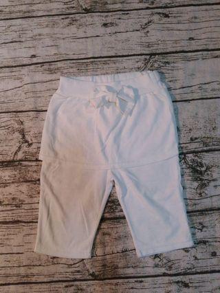 🚚 假兩件白色褲裙/13號(約120-125公分孩子)