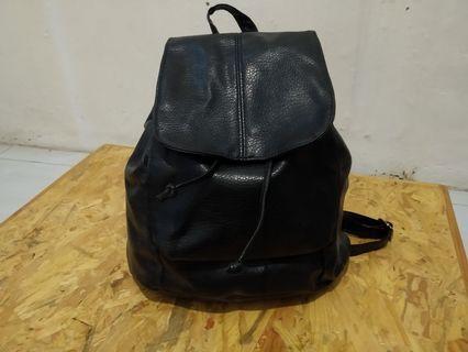 Backpack hitam kulit # BAPAU