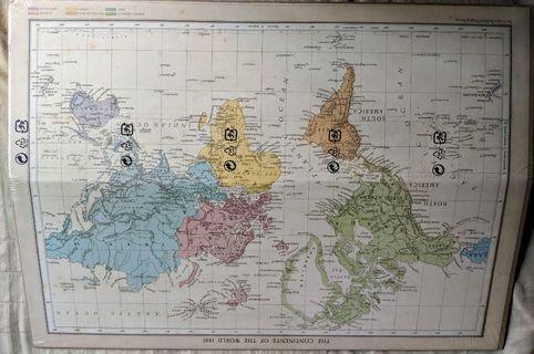 World of Map Poster / Audrey Hepburn Canvas