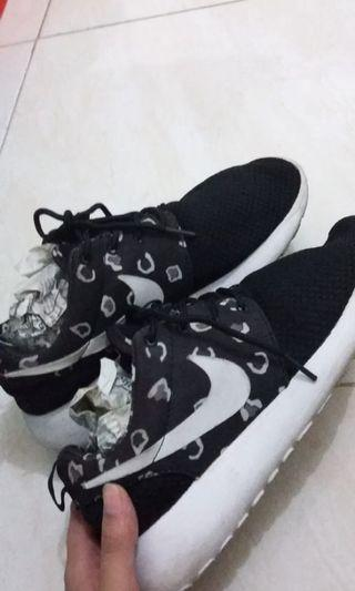 NIKE Runing Shoes - size 37