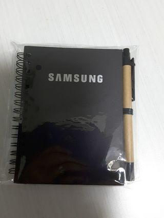🚚 Samsung Notebook and pen