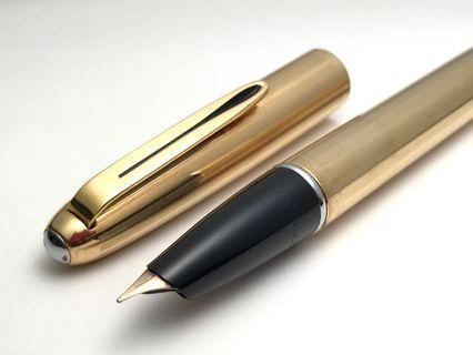 奧羅拉 88 包金 義大利 Aurora 88K Aquila(早期 隱藏尖 派克51)14K 鋼筆