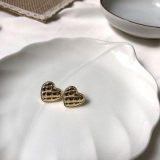 金屬菱格愛心耳環(S925銀針)
