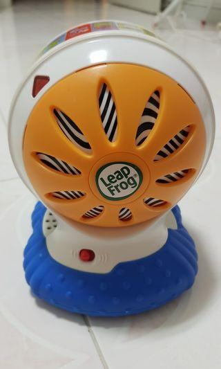🚚 Leapfrog Scout's Alphabet Zoo Spin and Sing Ball