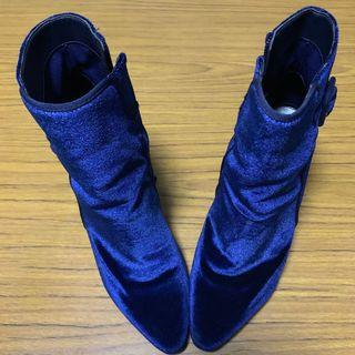 Pointed Buckle Boots (Blue)