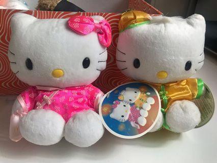 McDonald Hello Kitty 中國服飾毛公仔
