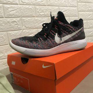 🚚 Nike lunarepic low flyknit2