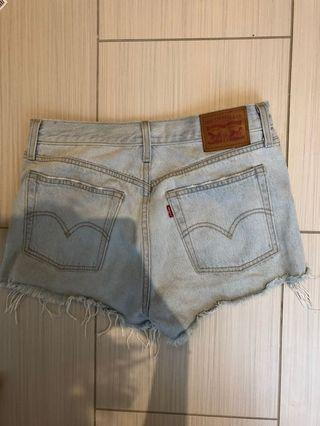 Levi's button front light wash shorts from Aritzia size 27