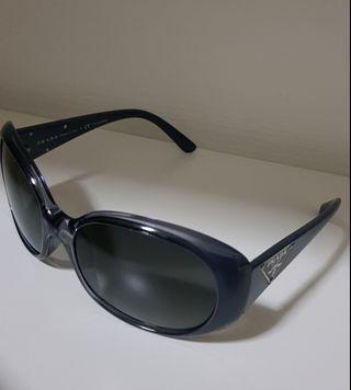 🚚 Prada Sunglasses