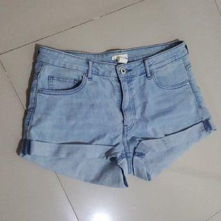 HnM short pants stretch jeans