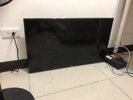 32寸壁掛電視
