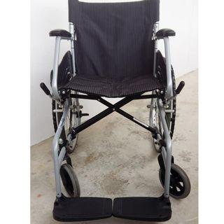 Lightweight, foldeable wheelchair rental (Please read)