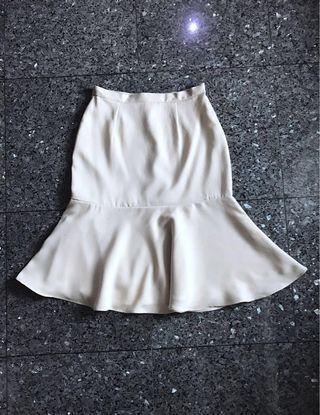 #BAPAU SHOPATVELVET Cream flare skirt
