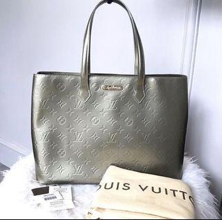 Louis Vuitton Bag Wilshire  MM Gris Art Deco