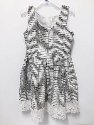 🚚 典雅格紋背心洋裝-全新