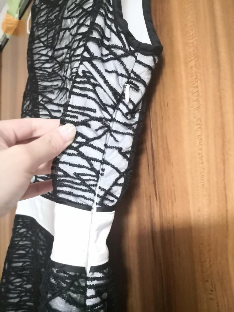 黑白斯文裙