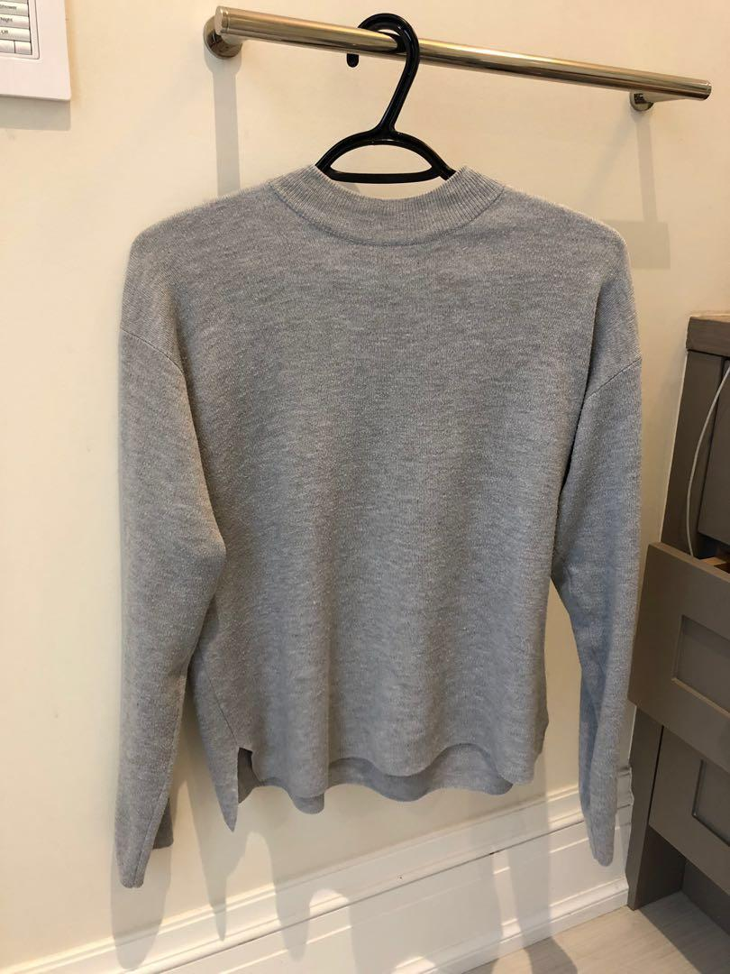 Adorable oak and fort mock neck light sweater light grey size S