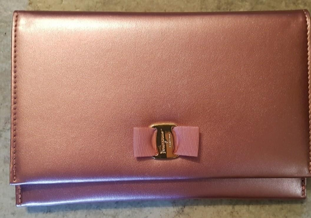 Authentic Salvadore Ferragamo Signorina Clutch