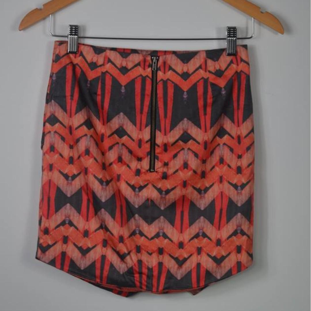 Bardot black and orange geometric print mini skirt - size 6