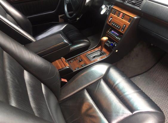 Benz 1995 W124 E320 morning