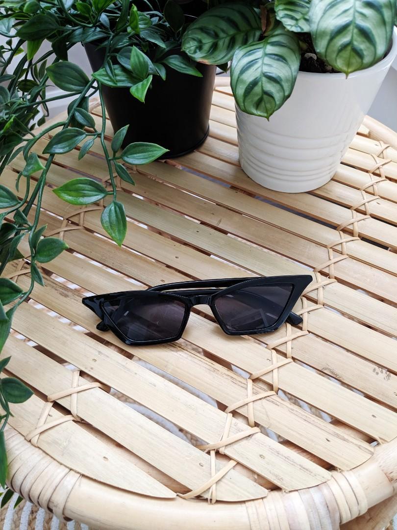 Black festival Coachella street fashion sunglasses sunnies